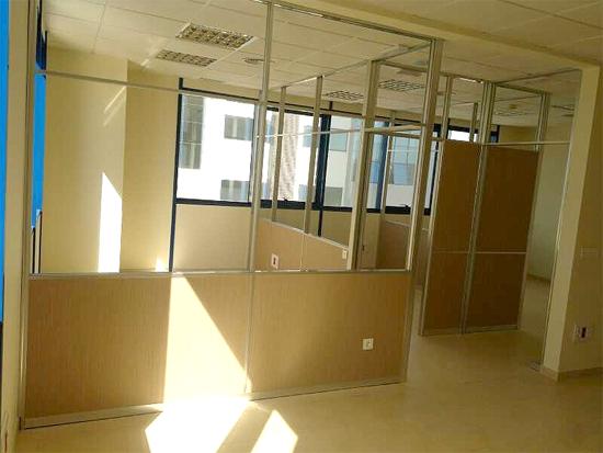 creamos ambientes ideales para trabajar con la utilizacin de mamparas de oficina en su negocio