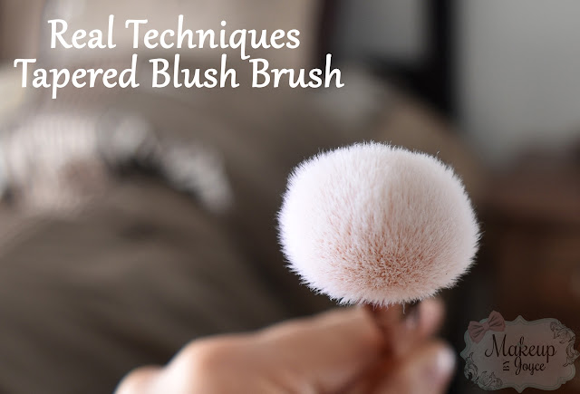 Real Techniques Bold Metals Tapered Blush Brush Review