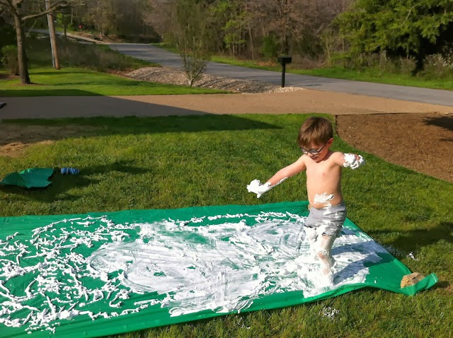 Shaving cream on a table cloth, and 22 other ways to keep toddlers busy during Pregnancy! #free #99cent #clevernest #maternity #roundup #waterplay #bedrest #sickday