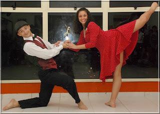 O casal Natália Simões e Diego Dias vencedores do 2º lugar na categoria livre adulto duo