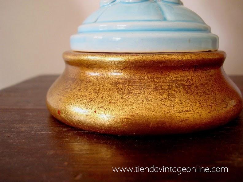 Lámparas manises con base de madera dorado con pan de oro