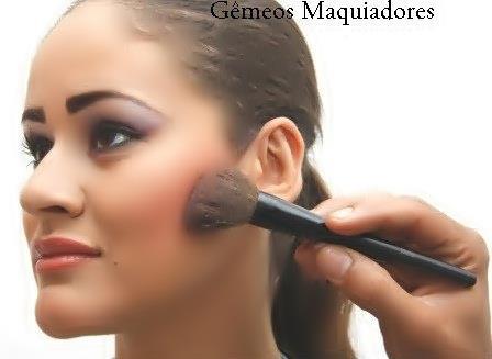 Gêmeos Maquiadores Curso de Maquiagem Profissional