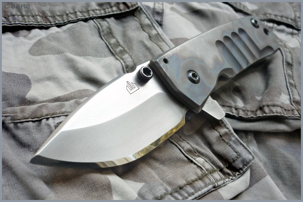 SERE - KNIVES & PHOTOGRAPHY: Crusader Forge : VF01 Flipper