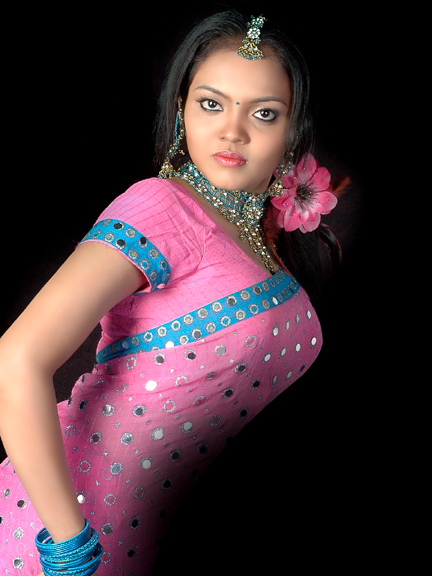 Actress Nikisha Desi Traditional Styles Spicy Stills Photo Shoots navel show
