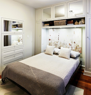 Espacio style ideas para dormitorios de matrimonio peque os for Estantes dormitorio matrimonio