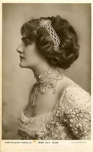 Fashioning Nostalgia: Early 1910's Hairstyle - Inspiration ...