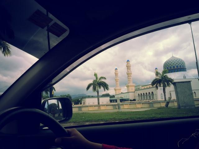 masjid terapung kota kinabalu sabah