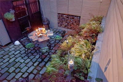 small-backyard-design