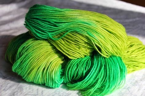 https://www.etsy.com/listing/202057748/its-so-easy-being-green-colorway-100g