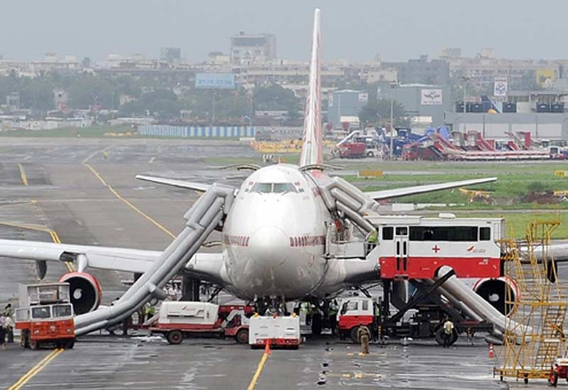 a case on air india's pilot Air india flight to sharjah makes emergency landing, pilot asked 'to land in sea in  case of fire' by joseph george published monday.
