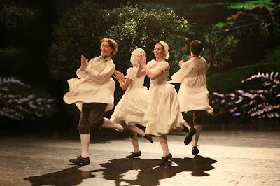 yokels dancing