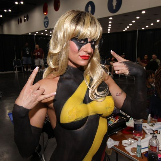 ms marvel cosplay bodu paint nude