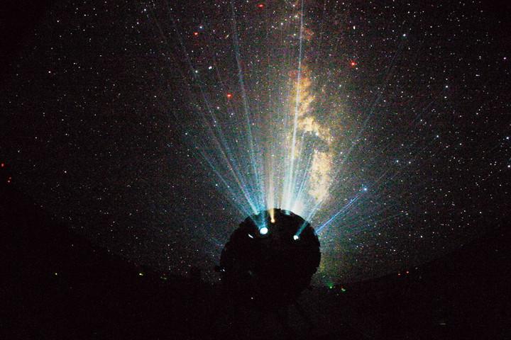 UNIVERSARIUM M IX / UNIVERSARIUM M IX TD - крайние модели проекционных оптических планетариев от Карла Цейса | Андрей Климковский