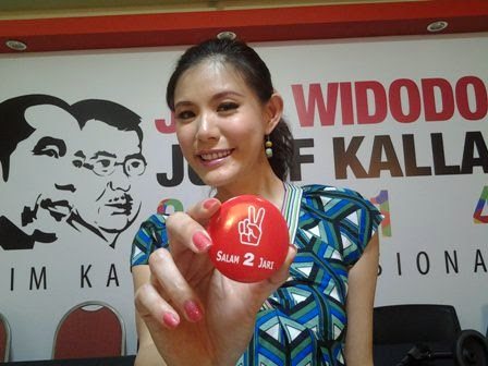 Artis Olga Lidya Dukung Jokowi
