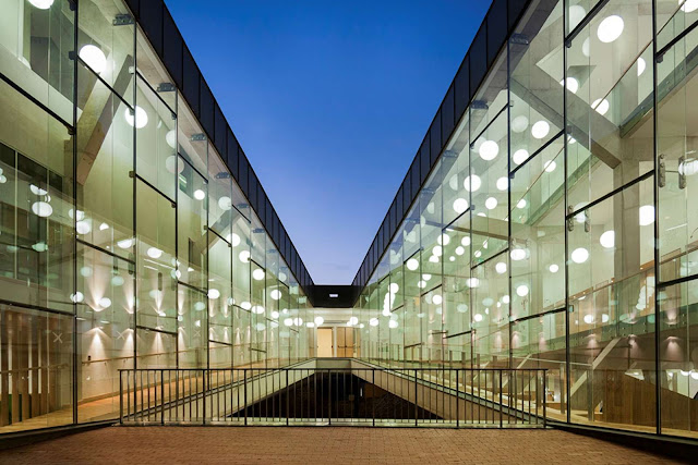 08-Universidad-De-Tartu-Narva-College por kavakava-Architects
