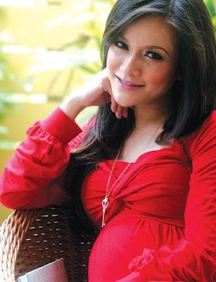Cerita Berahi Pengalaman Isteri Hamil Curang Cerita Seks Terbaru on ...