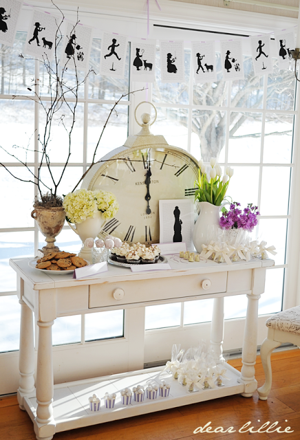 http://dearlillieblog.blogspot.com/2013/01/jamies-nursery-rhyme-themed-baby-shower.html