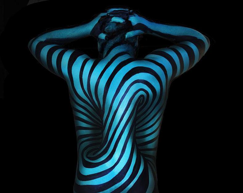 Psicodélicas pinturas corporales de Natalie Fletcher