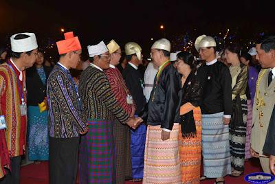 """""""အမ်ိဳးသားေသြးစည္းညီညႊတ္ေရးရရွိႏုိင္ဖို႔ ခုိင္မာတဲ့ေျခလွမ္းသစ္တစ္ခုလွမ္းႏုိင္ခဲ့ၿပီ"""" လို႔ ဆိုေနျပန္ပါလား – Tu Maung Nyo"""