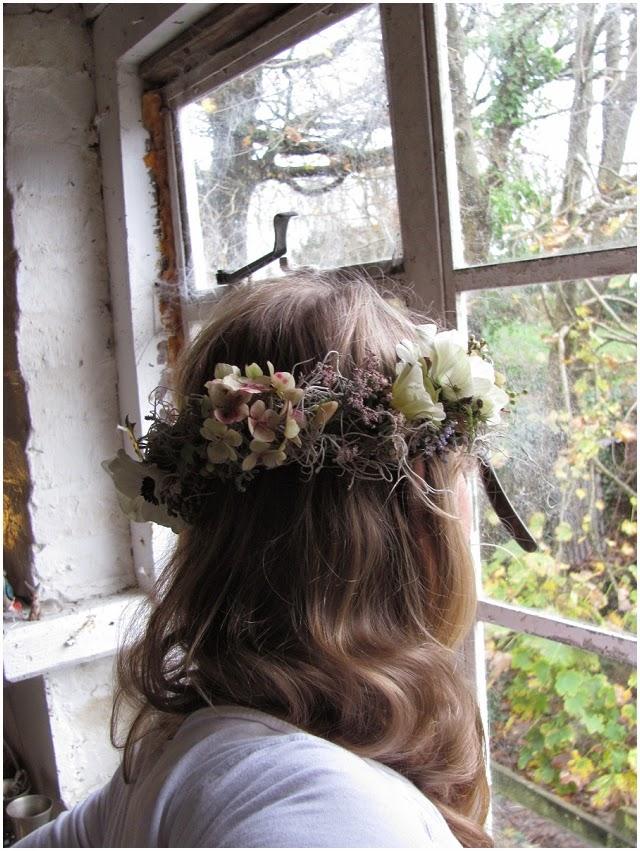 Cómo Hacer una Corona de Flores Naturales.