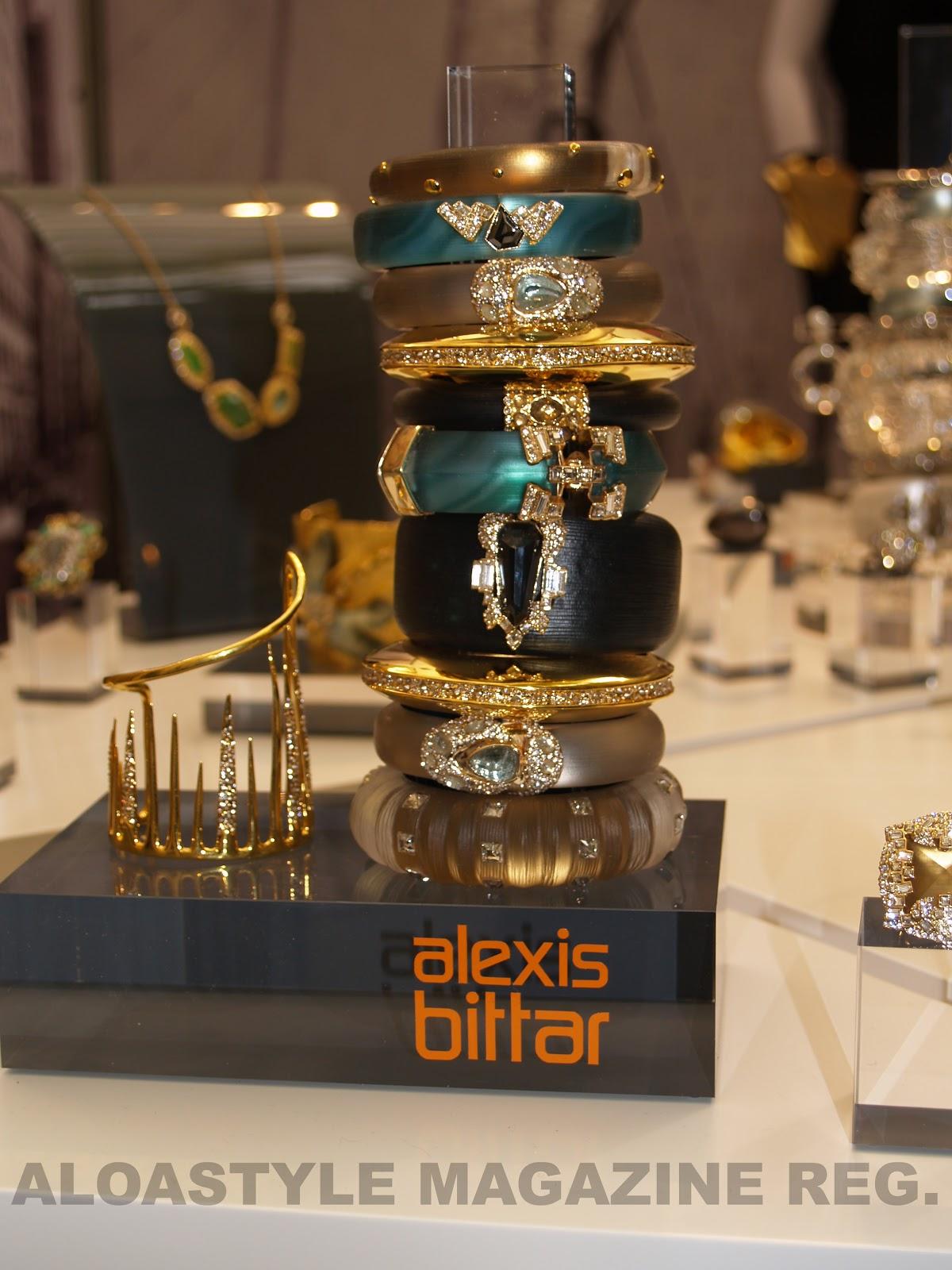 http://2.bp.blogspot.com/-DlQopzuIdyc/UIlXmp6BDDI/AAAAAAAAFoU/VINk3Vzmopw/s1600/ALEXIS+BITTAR.jpg