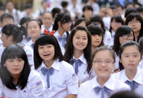 Bộ áo đồng phục học sinh đẹp, cá tính trong trường học