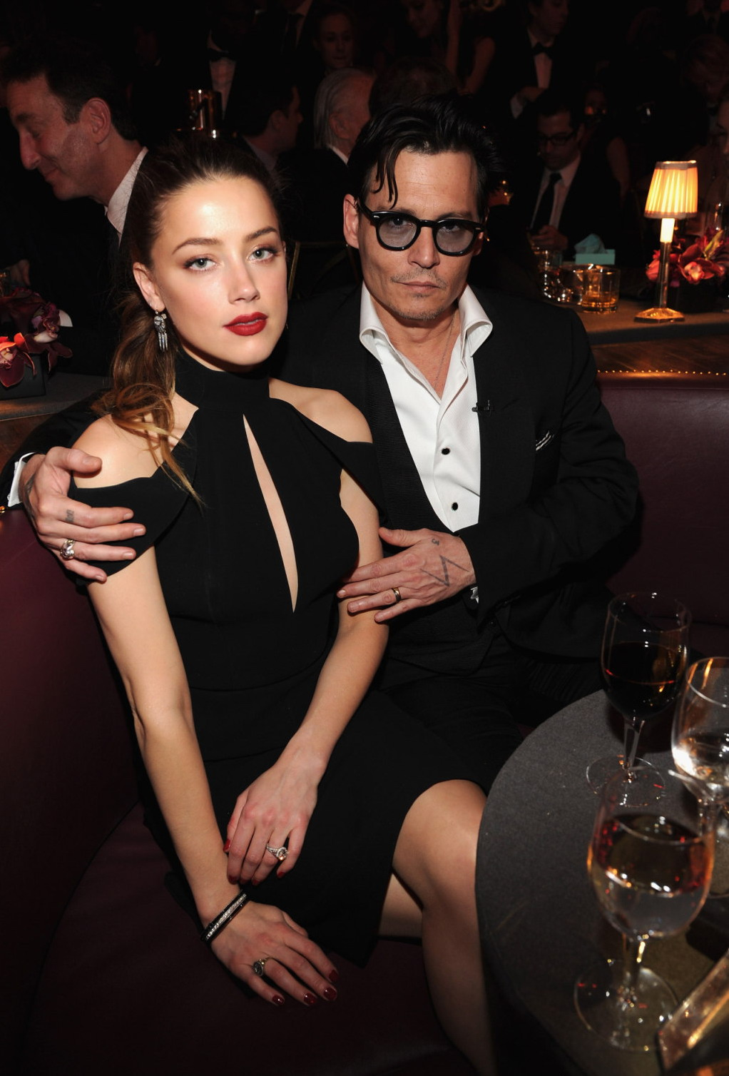 by hirobillyssk at 21 33Johnny Depp Amber Heard 2014