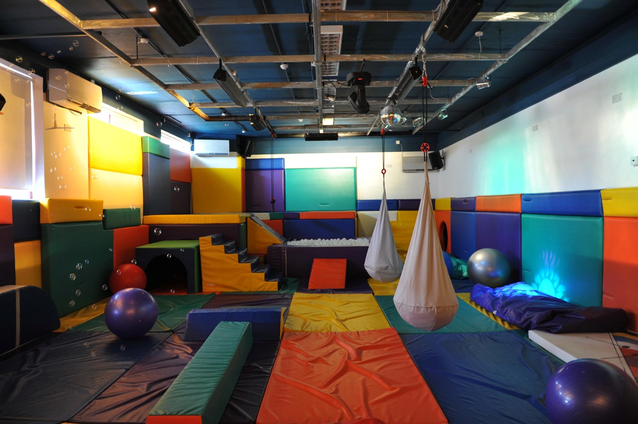 Home design interior exterior decorating remodelling soft play room for daycares some - Daycare room design ...