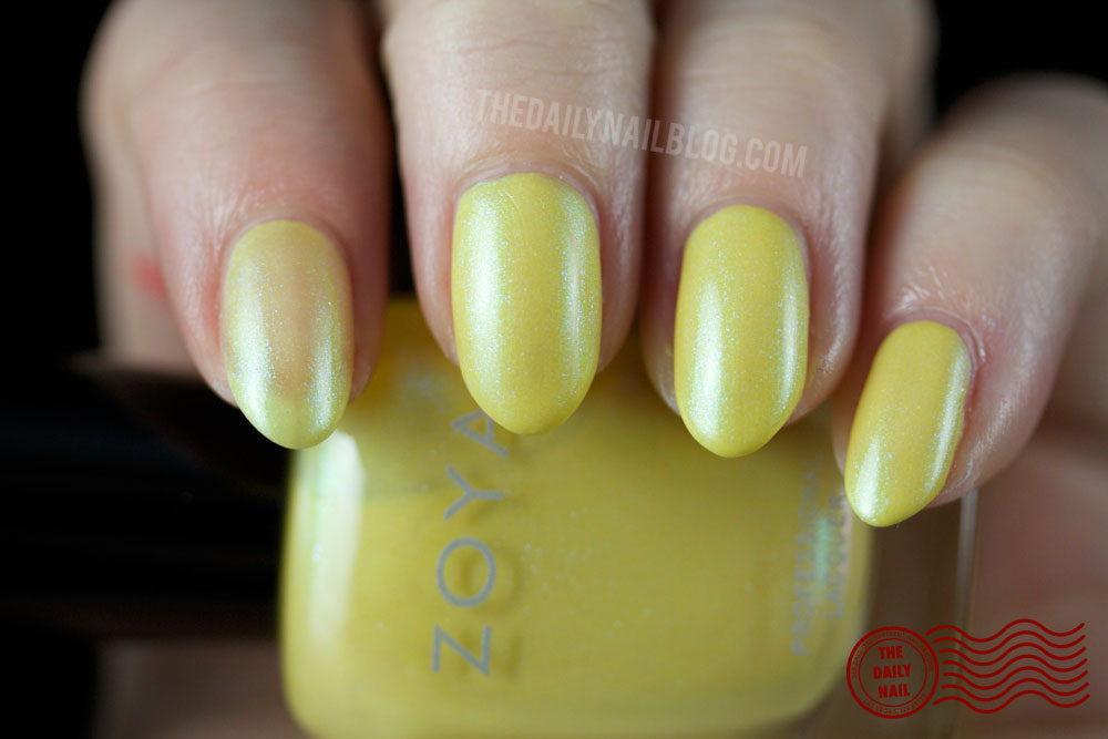 Zoya Daisy Swatch - Zoya Delight 2015 Collection