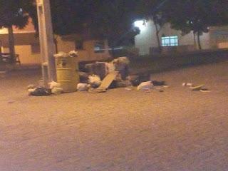 Acúmulo de lixo já chega aos arredores da Prefeitura de Picuí