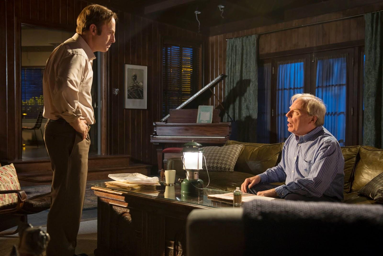 Bob Odenkirk como Saul Goodman, Michael McKean como Chuck