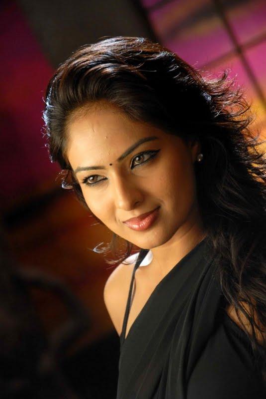 Narashima Stills Nikesha PatelNikesha Patel In Kannada Movie unseen pics