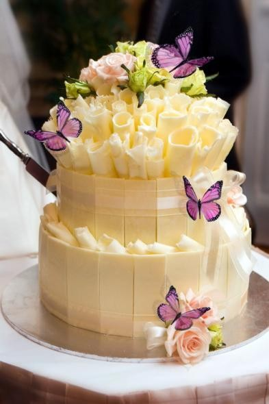 Unique Wedding Cake Ideas - Butterfly and Flowers Wedding Cake