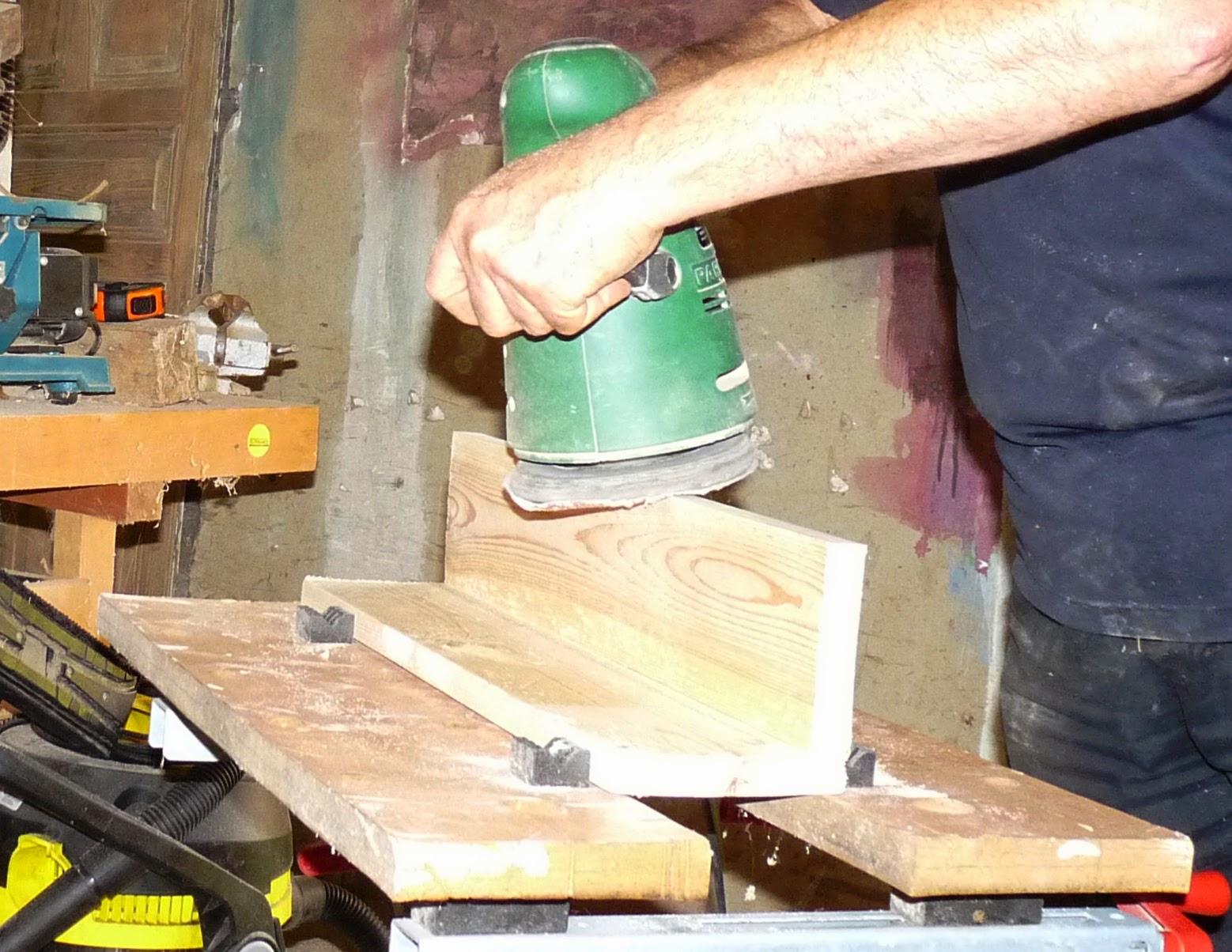 R cup cr ations par jo l et marie jo support selle - Assembler deux planches angle droit ...