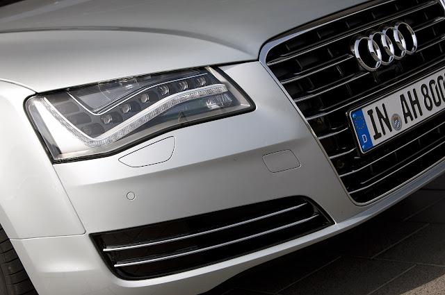 фара головного света Audi A8 Hybrid 2012 года