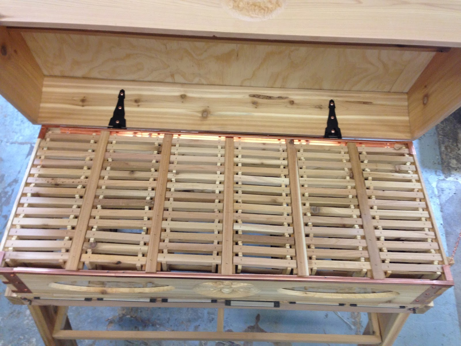 how to build a top bar hive