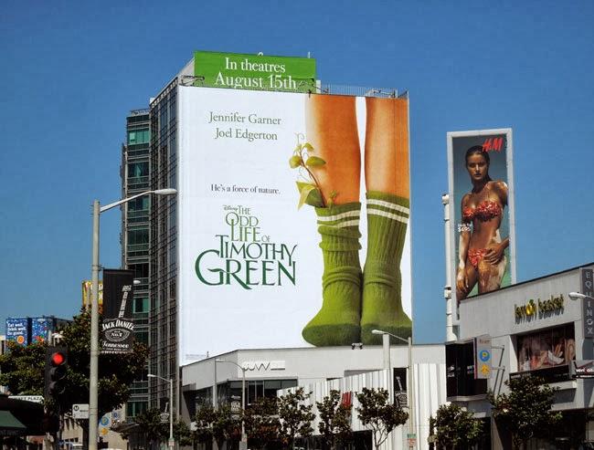 Thi công bảng hiệu quảng cáo công ty ngoài trời.