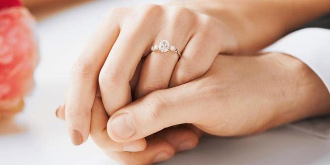 10 Ciri-Ciri Wanita Yang Patut Dijadikan Istri