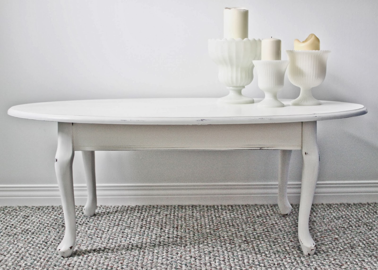 Queen Anne Oval Coffee Table-2.bp.blogspot.com