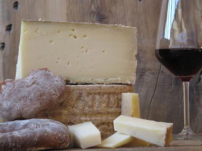 formaggio di grotta ... natura e .....