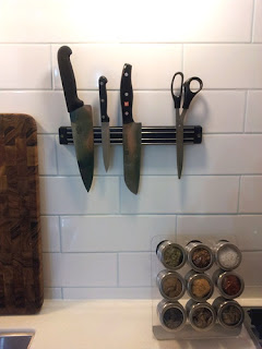 knives In the Kitchen   KNIVES!