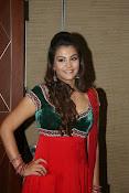 Naziya hussain latest glamorous photos-thumbnail-11