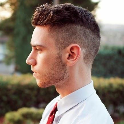 Coupe de cheveux pour nez long homme