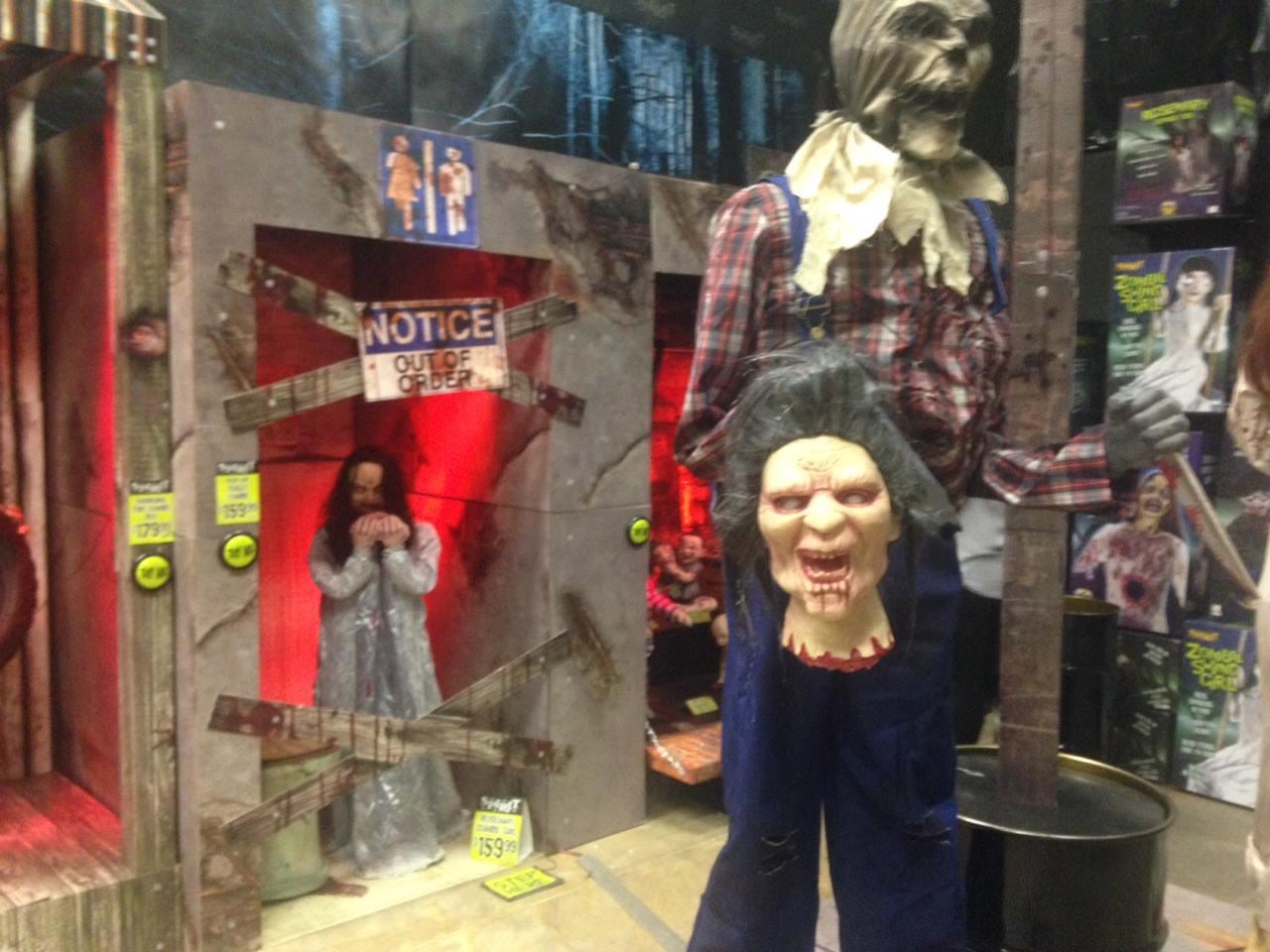 The Horrors of Halloween: THE HALLOWEEN STORE ZOMBIE WEDDING MOVIE ...