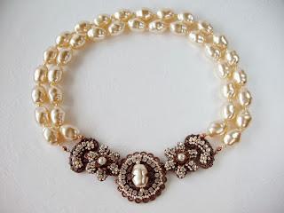 Breakfast at Tiffany necklace Pärlikee klaaspärlid kaelakee kristallidega ehtekividega Swarovski Eesti