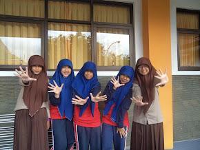 hi five ! :D