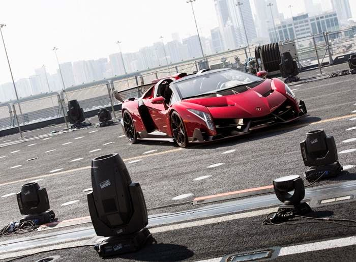 Lamborghini Veneno 2014 Roadster Top Speed Review