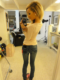 Alexandra Kissie Nilsson sexy hot blonde girl tigh jeans mirror HQ HD pics