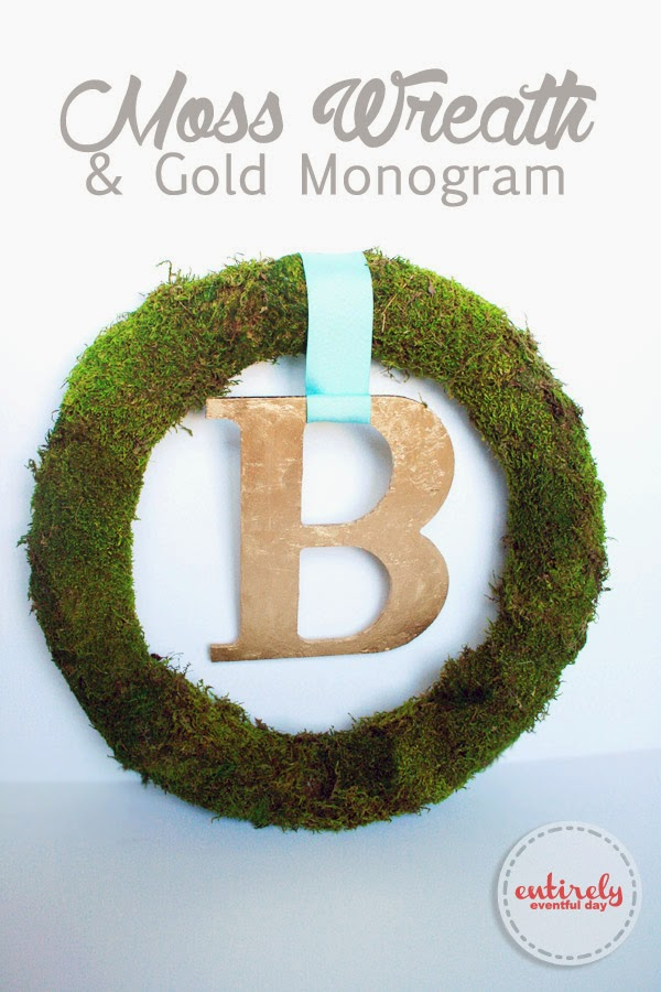 How to make a simple moss wreath. Really inexpensive and so fresh and green. Perfect for Spring! #spring #wreath #moss