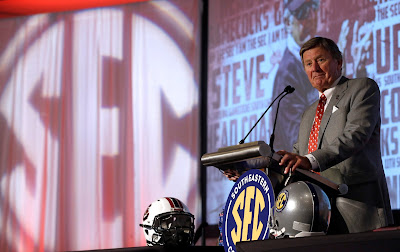 Steve Spurrier explains why he is still coaching in the most brilliant way possible.